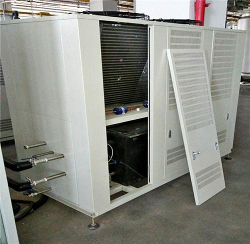坑梓注塑机配12Hp风冷式冷水机