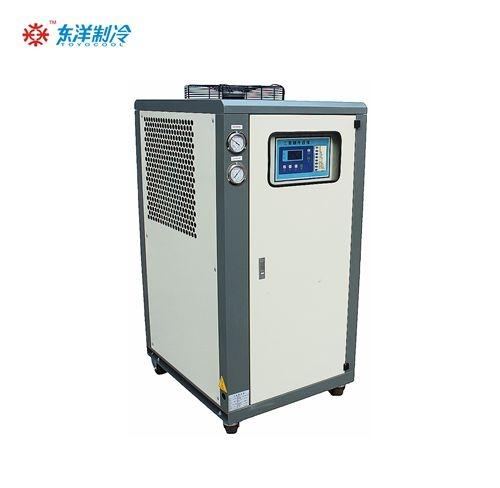 嶂背注塑机配12Hp风冷式冷水机
